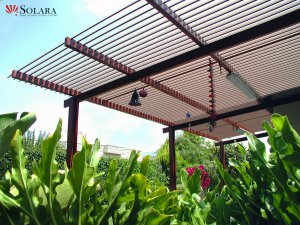 Adjustable Aluminum Louvered Roof System in easy to clean.